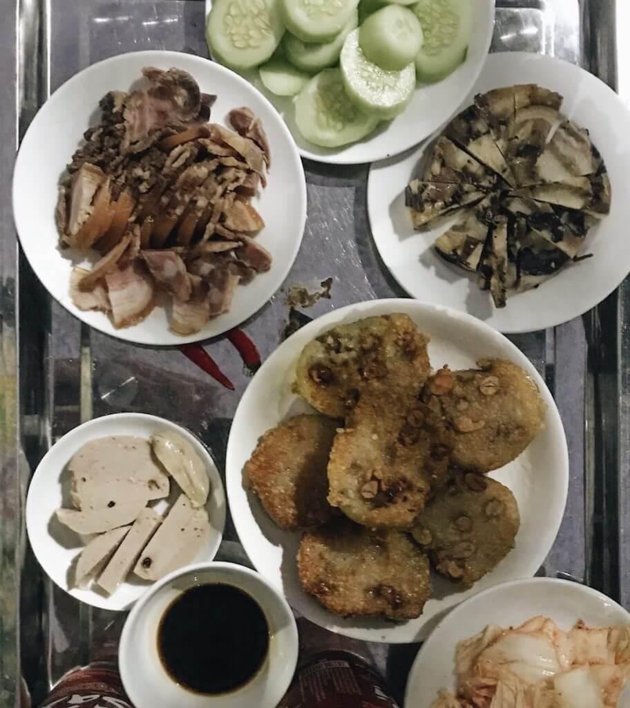 Bánh Tét Vietnamese food