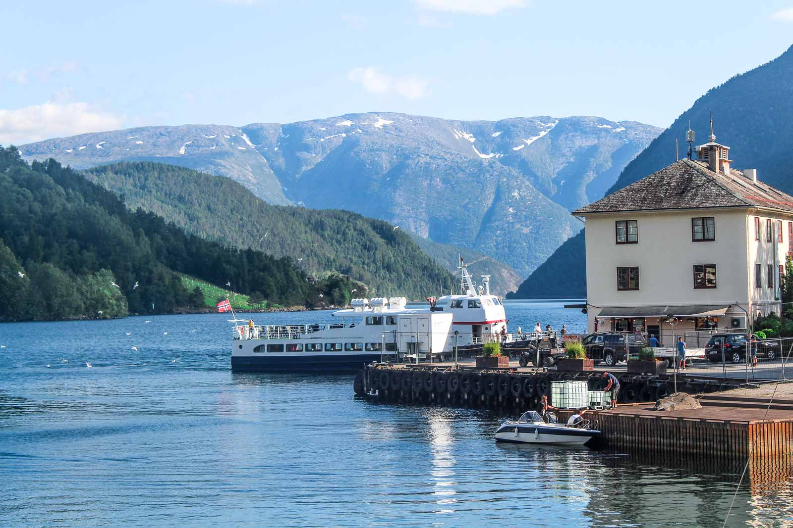 Bergen to Hardangerfjord