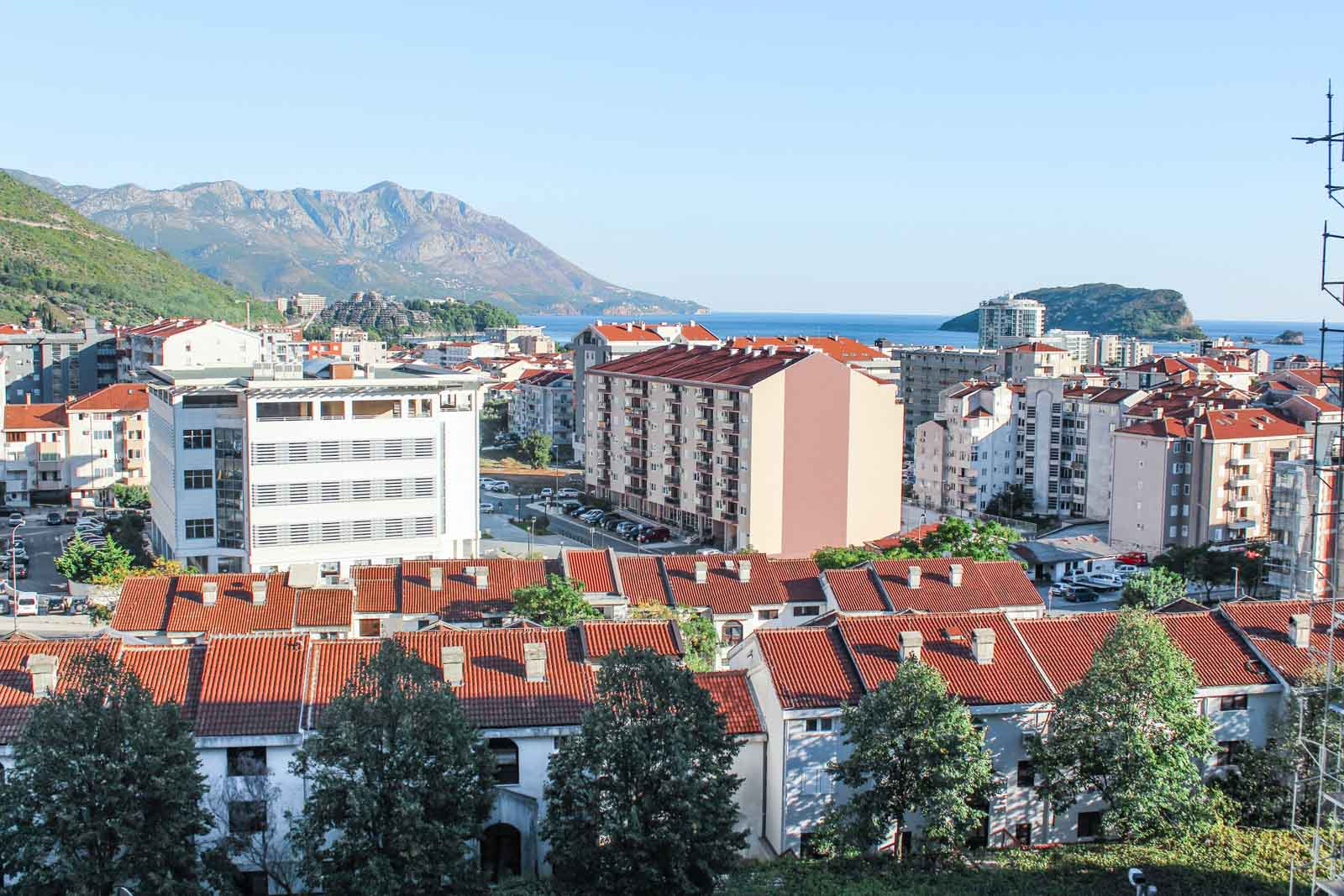 rent an apartment in Montenegro