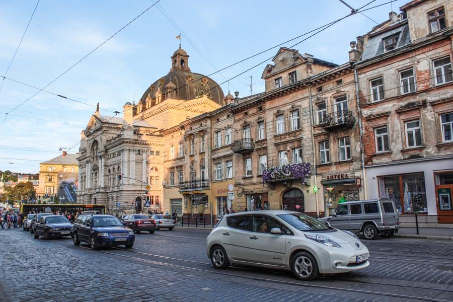 renting apartment in lviv ukraine