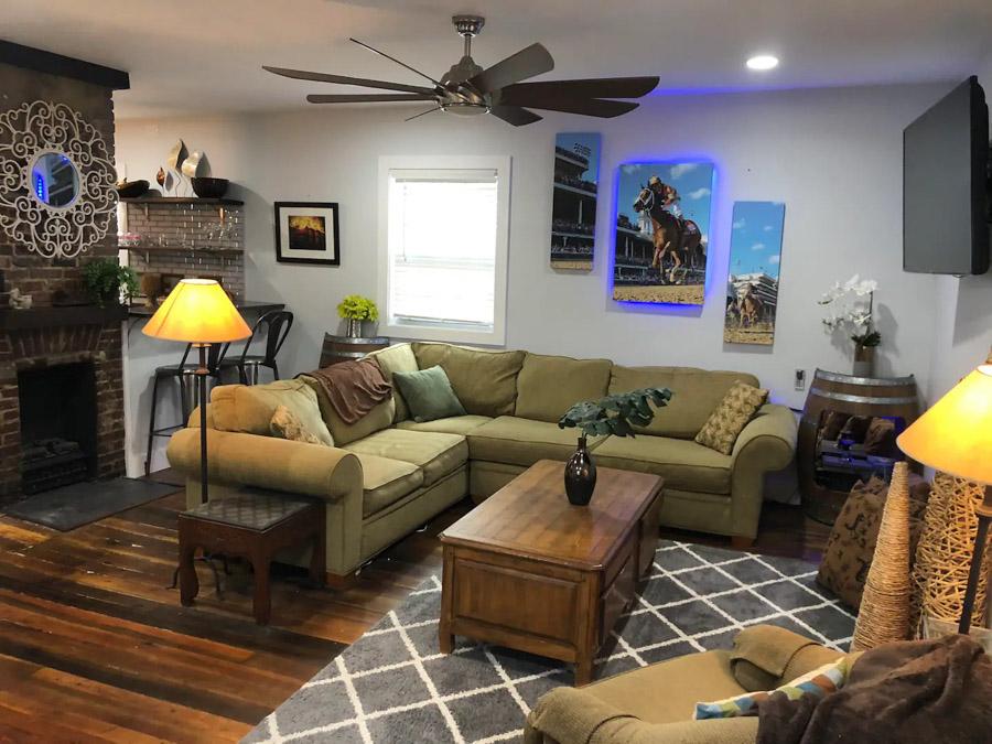 airbnb in Lexington