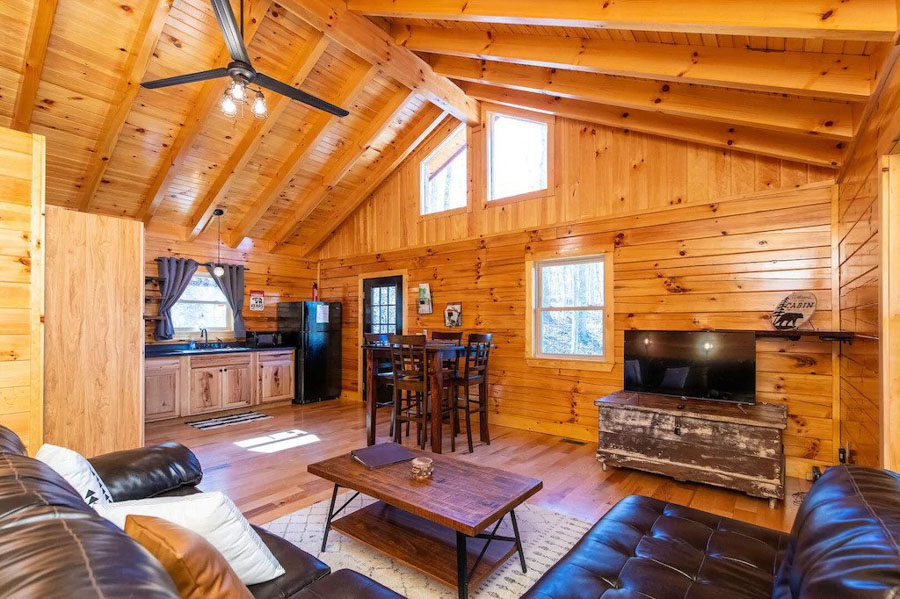 cabin with hot tub Kentucky