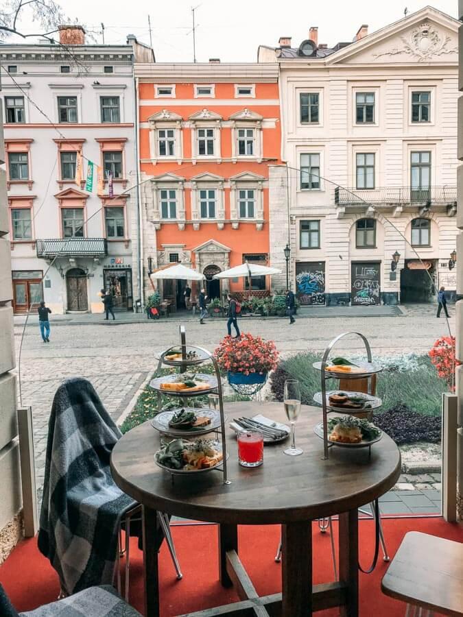 breakfast places in Lviv