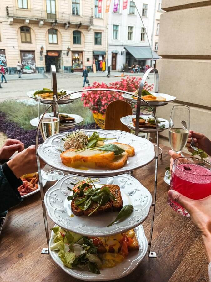 breakfast in Lviv