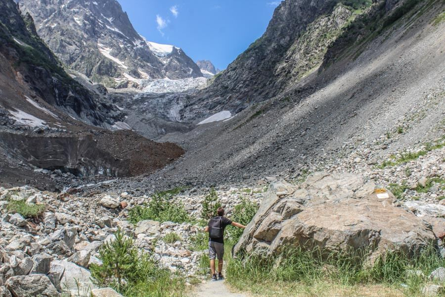 hiking trail to Chalaadi glacier
