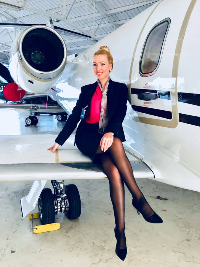 how to become a private jet flight attendant