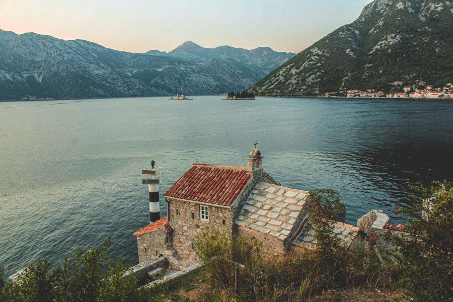 long-distance hiking Montenegro
