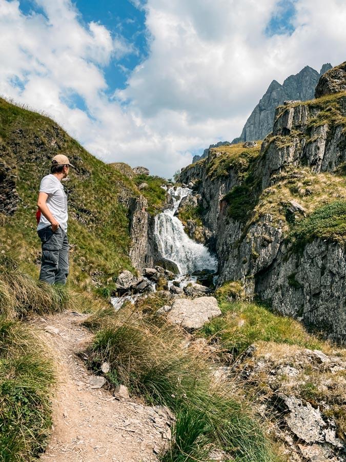 Juta hiking