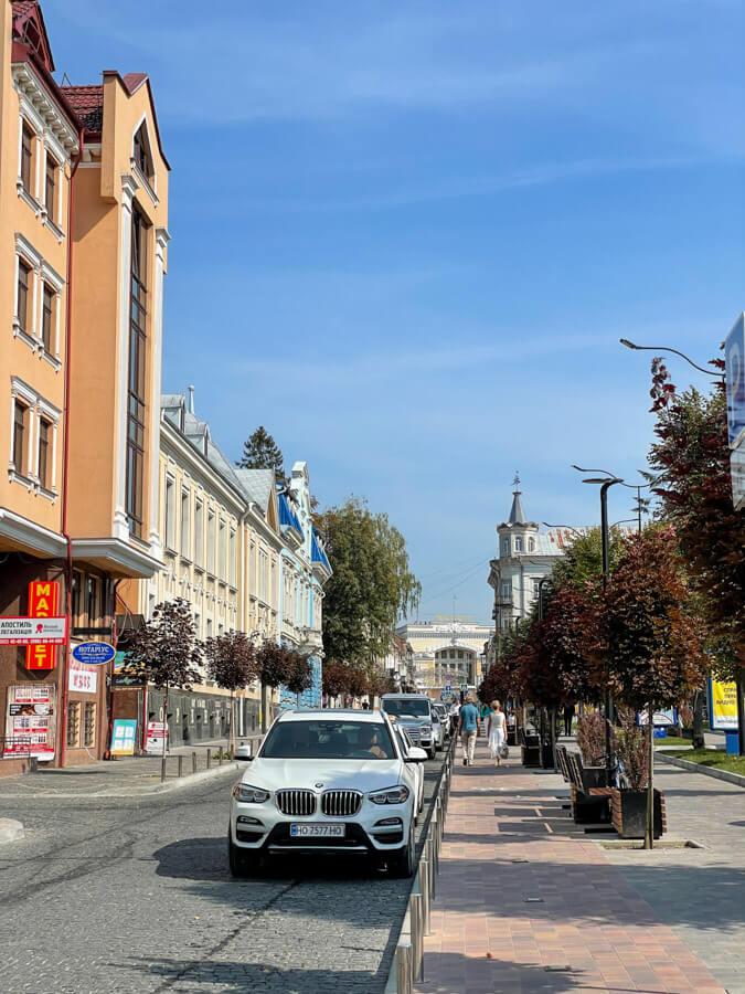 renting a car in Ukraine