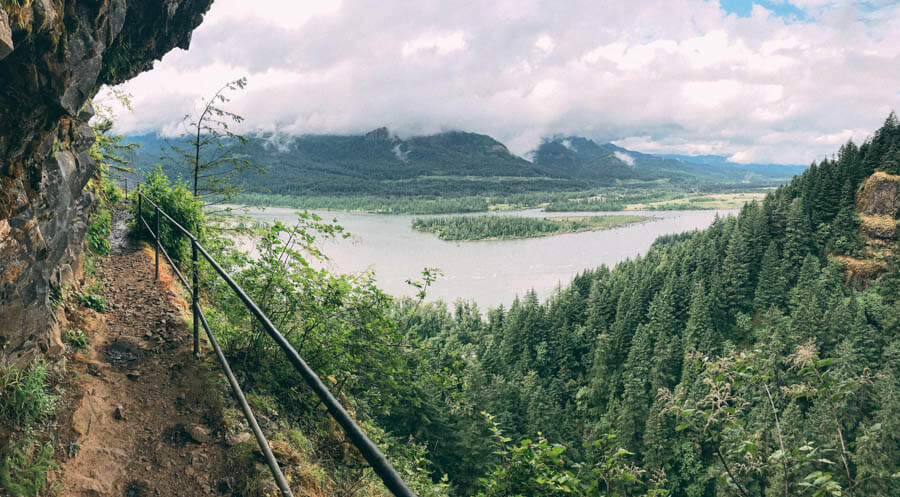 columbia gorge waterfall hikes