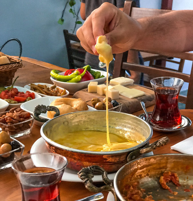 Turkish foods for breakfast