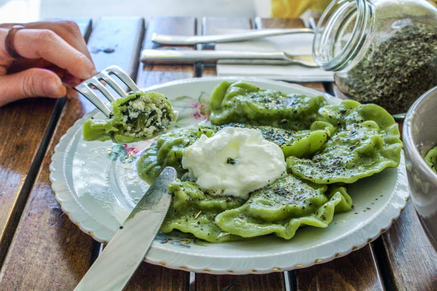 spinach pierogi