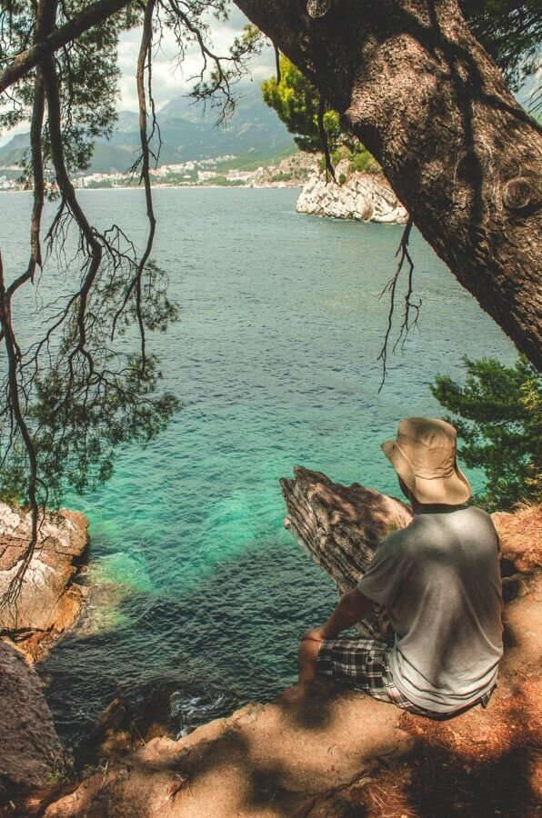 walking in Montenegro