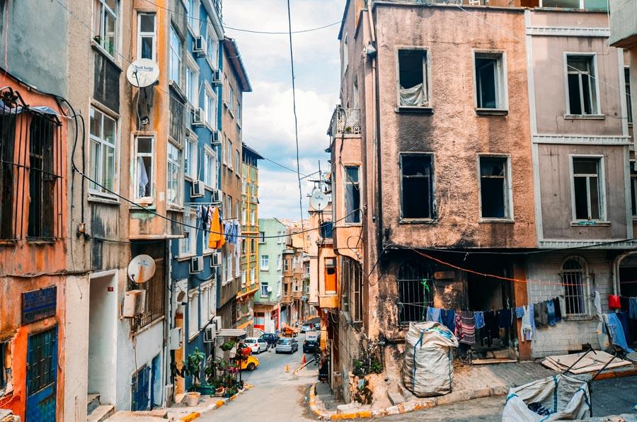 Istanbul dangerous areas