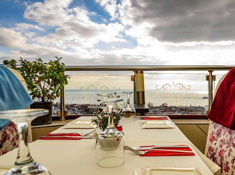 Istanbul restaurants with a view